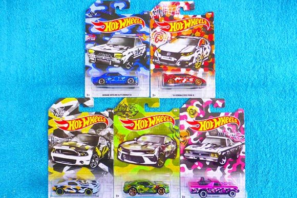 2020 Hot Wheels Camouflage Series /'16 Honda Civic Nissan Skyline Lot of 2