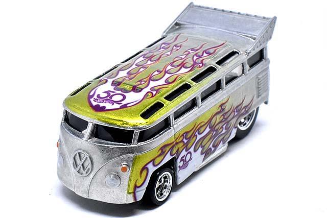 Hot Wheels 2018 50th Anniversary Favorites volkswagen t1 drag bus flf41